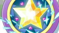 S1E14 Star's magic wand close-up