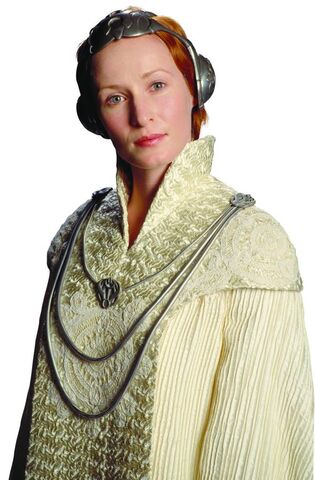 File:Mon mothma in shimmersilk.jpg