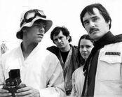 93-kep--250px-Luke gang Tatooine