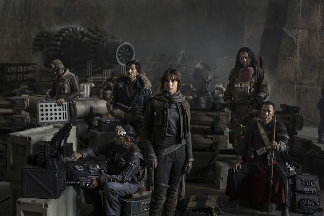 File:Rogue One Cast.jpg