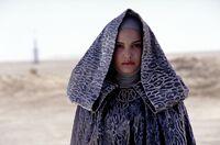 Padme on Tatooine