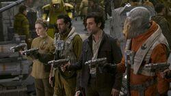 Poe Dameron mutiny against Holdo