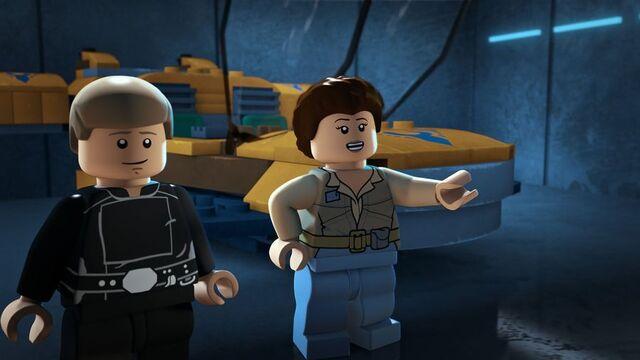 File:Skywalker twins Crossing Paths.jpg