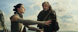 Luke training Rey