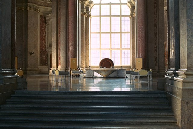 Throne room (Theed Royal Palace) | Wookieepedia | FANDOM powered by ...