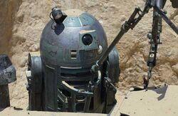 R2-T0