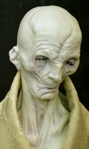 File:Supreme Leader Snoke Bust.jpg