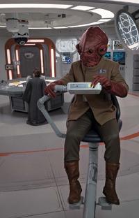 Admiral Ackbar TLJ