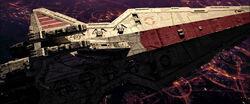 掠过科洛桑星上空与猎兵级歼星舰