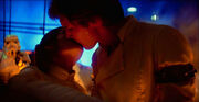 Han and Leia kiss on Bespin