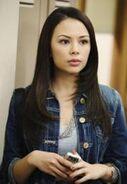 180px-Mona-Pretty-Little-Liars-1x02-1