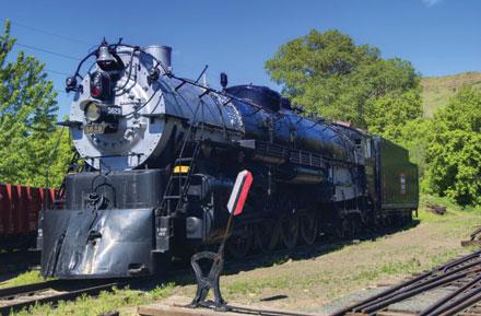 File:04-Chicago-Burlington-Quincy-Locomotive-No-5629.jpg