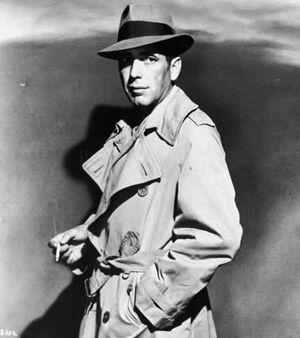 Humphrey Bogart Trenchcoat 01