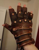 Steampunk-gloves 01