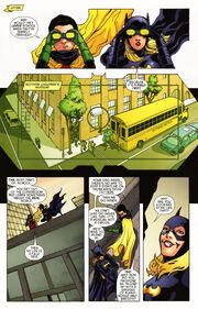 Batgirl 17 (02)