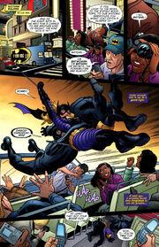 Batgirl -4 (01)