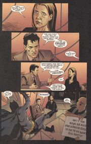 Detective comics 810 page 19