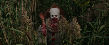 Pennywise devouring the arm of one of its victims