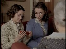 600full-anne-frank--the-whole-story-photo (1)