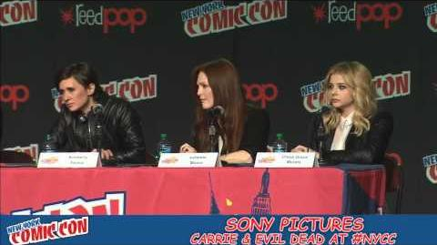 New York Comic Con - Carrie Panel 2012 (HD)