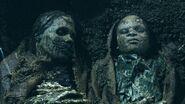 2 corpses