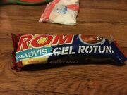 Rom sub formă de sendviș rotund