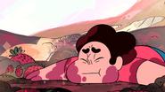 Serious Steven (028)