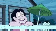 Steven Floats (058)