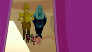 Legs From Here to Homeworld00257