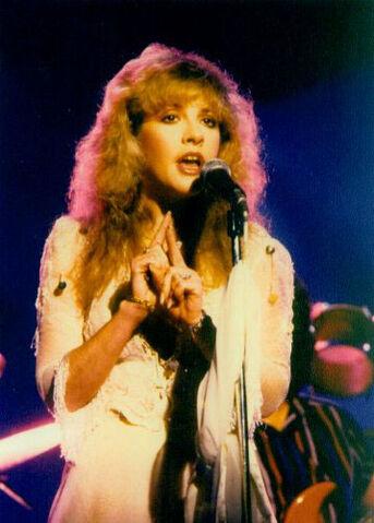 File:Stevie-nicks-1983.jpg