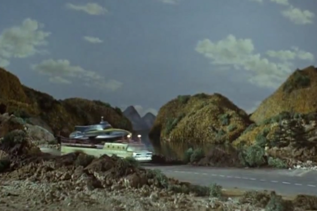 File:Stingray truck.PNG