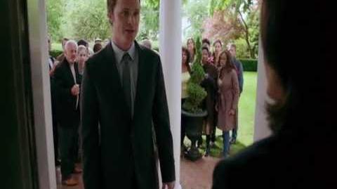 "ABC's Once Upon a Time - 2x01 ""Broken"" Sneak Peek 1"