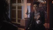 Regina Outfit 112 02