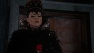 Regina Outfit 209 02