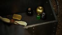 Arthur's reliquary 503