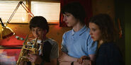 Stranger-Things-season-3-screenshots-episode-1-Suzie-Do-You-Copy-025