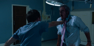 S03E05-Jonathan kills Tom