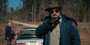 Ep3-Jim Hopper with walkie-talkie