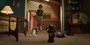 S03E01 - Dustin following his toys