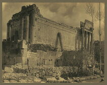 Syria. Baalbek. Temple of Jupiter 04957r