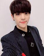 Woojin IG Update 181109 (7)