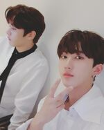 Changbin and Lee Know IG Update 181012