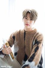 Seungmin Naver x Dispatch December 2019 (4)