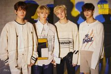 Woojin Chan Felix Seungmin Clé 2 Yellow Wood Promo Pic