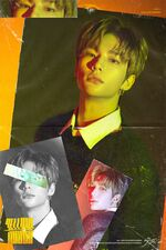 Hyunjin Clé 2 Yellow Wood Promo Picture (2)