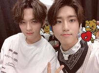 Han and Lee Know IG Update 180713