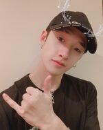 Bang Chan IG Update 20191225 (3)