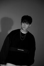 Changbin Clé 1 Miroh Jacket Shooting Behind (2)
