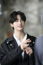 Hyunjin Double Knot Music Video Shooting Behind