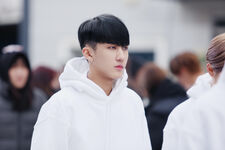 Changbin Distric 9 Music Video Shooting Behind (2)